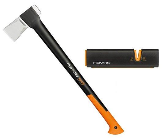 Fiskars Bundle: Universalaxt X25 + XSharp Messerschärfer für 52,24€ (statt 68€)