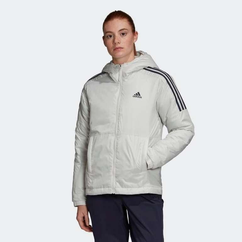 Adidas Essentials Insulated Hooded Jacket Women für 50,40€ inkl. Versand (statt 72€)