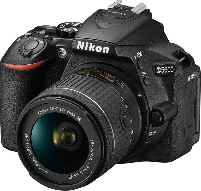 Nikon D5600 Kit mit 18-55mm Objektiv für 477€ inkl. Versand (statt 540€)