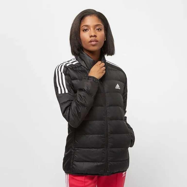 Adidas Originals Essentials Primegreen Damen Daunenjacke für 47,40€ inkl. Versand (statt 60€)
