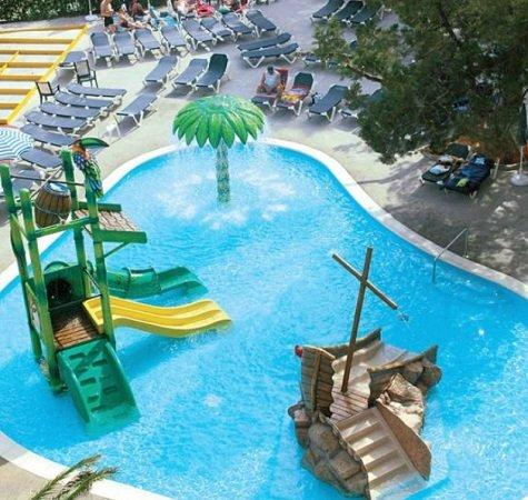 5 Tage Ibiza im 3,5* Hotel mit All Inclusive Verpflegung & Flug ab 266€ p.P