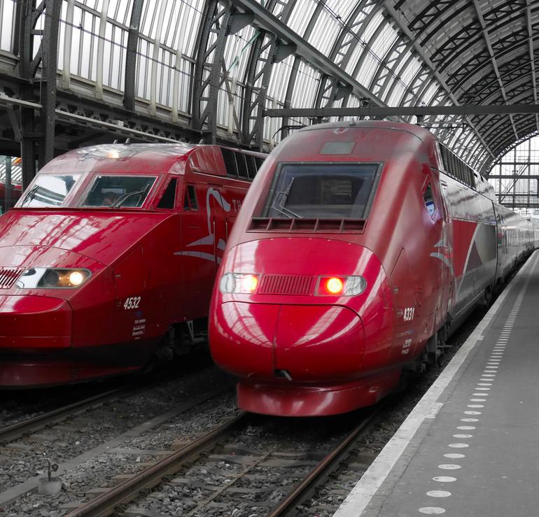 Thalys: Düsseldorf - Paris (Hin- und Rückfahrt) für 23€ im November
