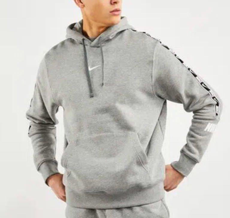 Nike Repeat Poly Over The Head Herren Hoodie in grau für 29,99€ inkl. Versand (statt 50€)