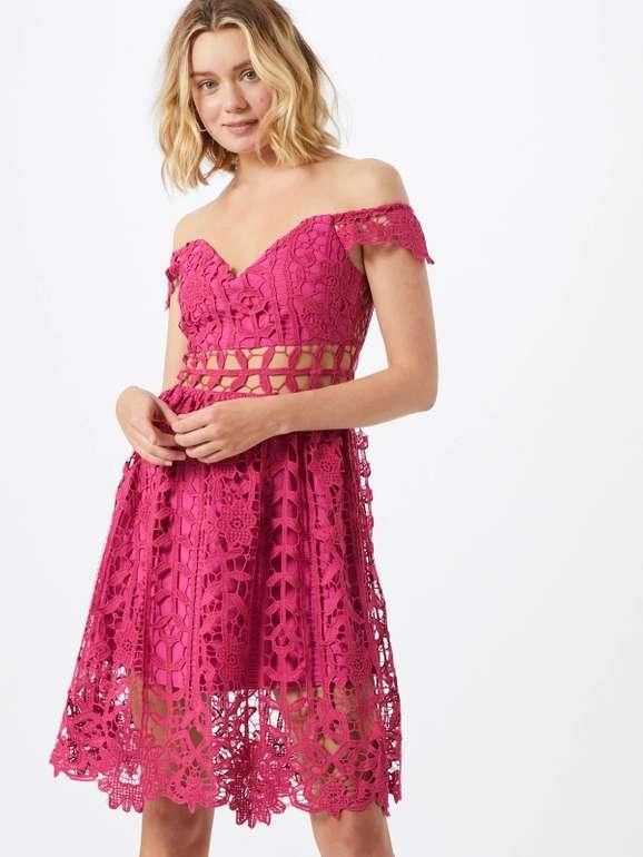 """Love Triangle Damen Kleid """"Debutante"""" in pink für 67,92€ inkl. Versand (statt 90€)"""