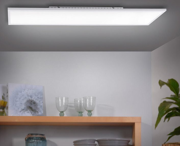 LED-Deckenleuchte 100 x 25 cm (A+, dimmbar) für 56,99€ inkl. Versand