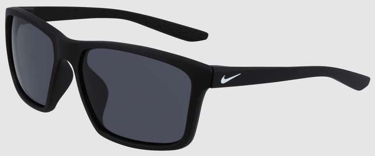 Geomix Nike Sonnenbrillen Sale mit -30% (+10%) Rabatt - z.B Nike Sonnenbrille Valiant in schwarz für 43,43€ inklusive Versand.