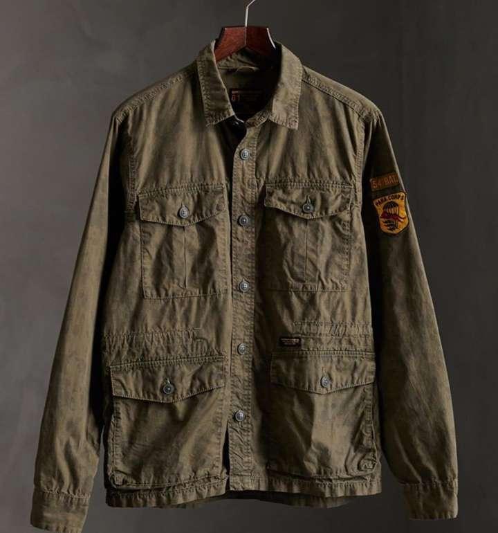 Superdry Herren Langarmhemd mit 4 Taschen aus der Field Edition für 45€ inkl. Versand (statt 56€)