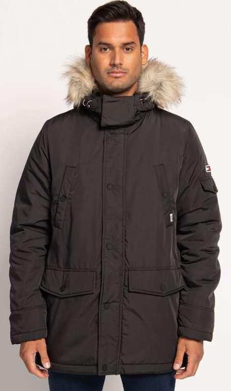Tommy Hilfiger Parka Tech mit Fake Fur in schwarz für 93,71€ inkl. Versand (statt 149€)