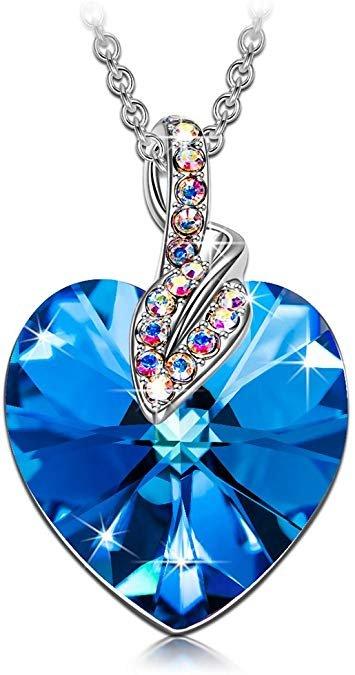 J.Reneé Halskette mit Herz Anhänger für 12,99€ (Prime)