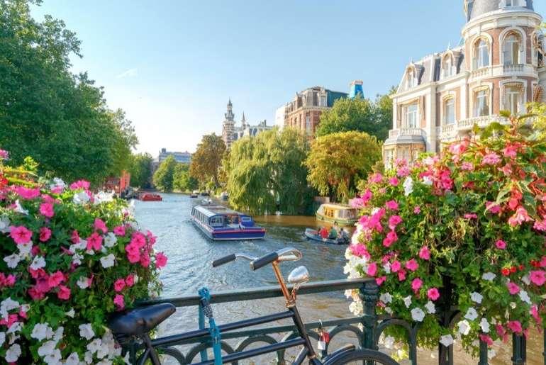 Amsterdam: 1 Nacht für 2 Personen im 4* Studio Adagio Amsterdam City South inkl. Frühstücksbox ab 54,50€ pro Person