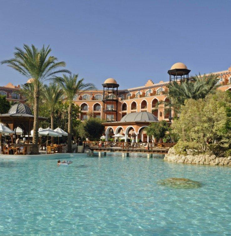 Sommer Urlaub: 7 Tage im 5* Grand Resort Hurghada mit All Inclusive, Flügen & Transfer ab 406€ p.P.