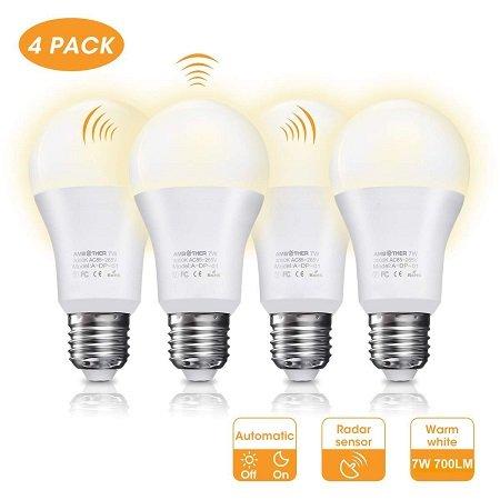 4er Pack AMBOTHER E27 LED Lampen mit Dämmerungs- & Bewegungssensor für 11,21€