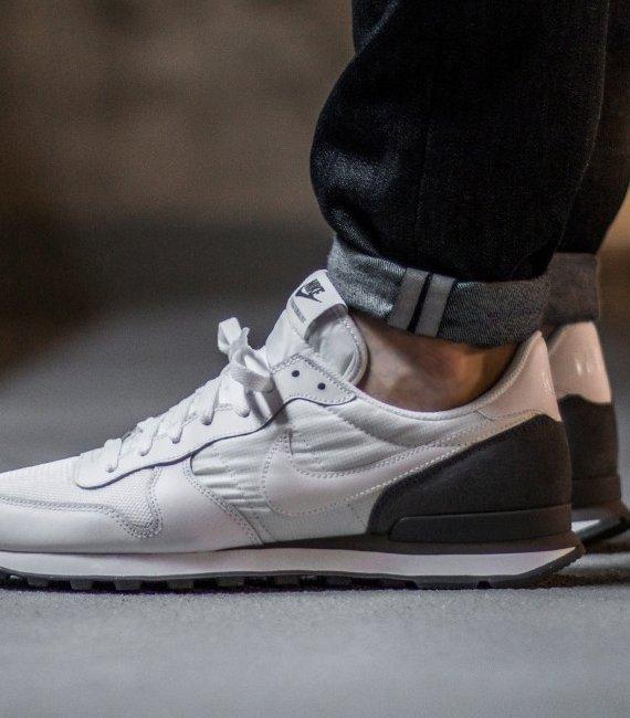 Nike Internationalist Sneaker (versch. Farben) für 59,95€ (statt 70€)