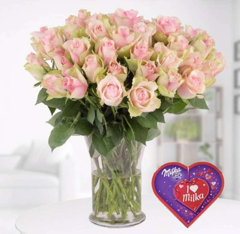 Blumenshop: 40 Pastell Rosen + gratis I love Milka Pralines für 24,90€ inkl. Versand