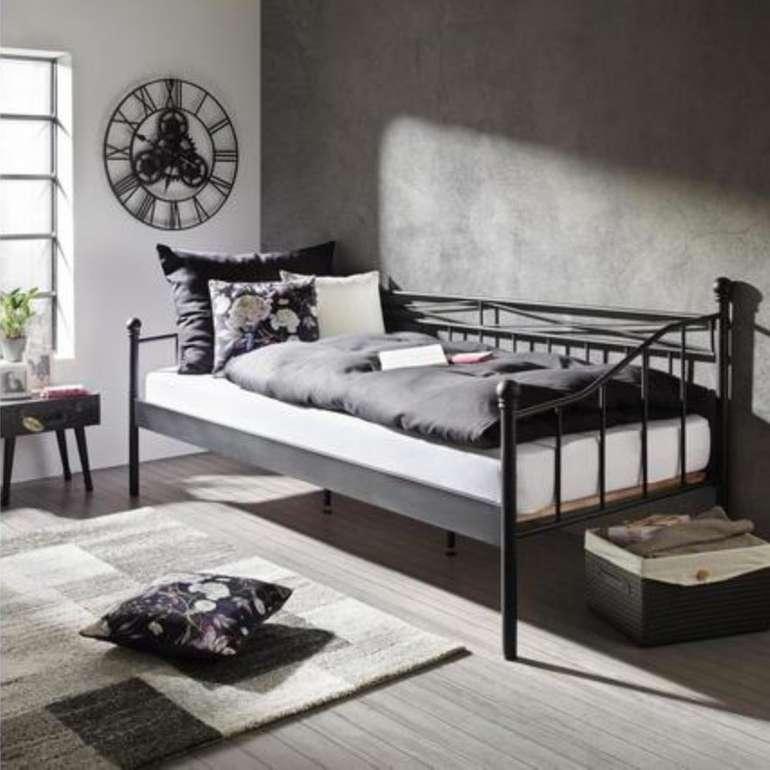 Mömax: Metallbett Zandiara (90 x 200 cm) in schwarz für 68€ (statt 89€) - bei Filialabholung!