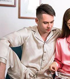 Cold Posh Herren Schlafanzug aus 100% Seide für 139,99€ inkl. Versand
