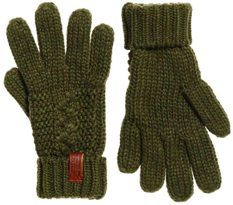 Superdry Damen North Handschuhe in Olive für 8,95€ inkl. Versand (statt 19€)