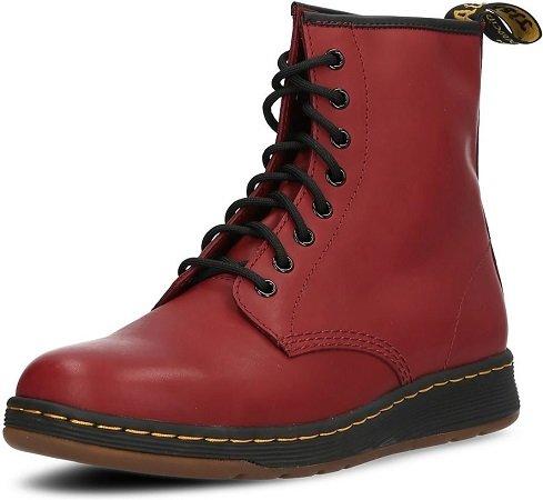 Dr. Martens Newton Leder Boots in rot Gr. 43-47 zu 54,24€ inkl. VSK (statt 100€)