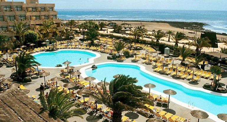 1 Woche Lanzarote im 4 Hotel inkl. Halbpension, Transfer und Flügen Beatriz Playa