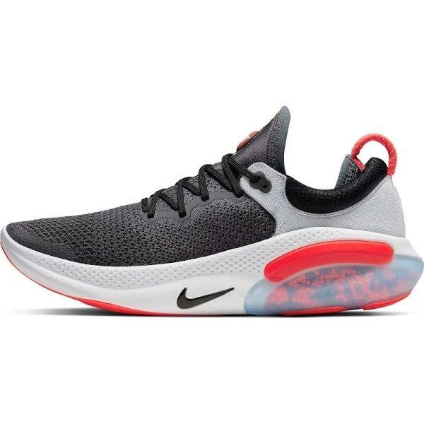 Nike Laufschuhe 'Joyride Run' in dunkelgrau und pink für 55,44€ inkl. Versand (statt 126€)