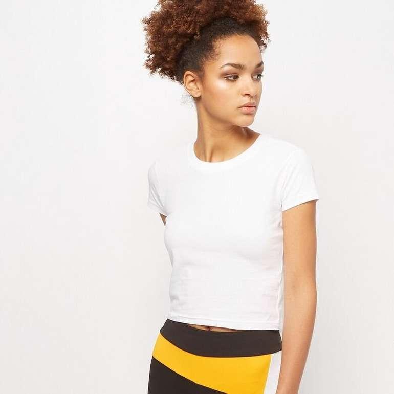 Urban Classics Ladies Stretch Jersey Cropped Tee Shirt für 5,95€ zzgl. Versand (statt 10€)