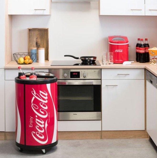 Coca Cola Party Cooler SPC-55CC für 249€ inkl. Versand (statt 276€)