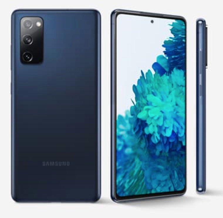 """Samsung Galaxy S20 FE - 6.5"""" Dual-SIM Smartphone (8GB/256GB) in Cloud Navy + Gamepad für 568,01€"""
