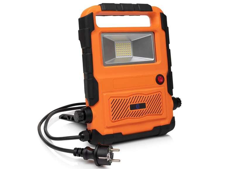 Smartwares FCL-76012 Bauleuchte mit Lautsprecher für 25,90€ inkl. Versand (statt 46€)