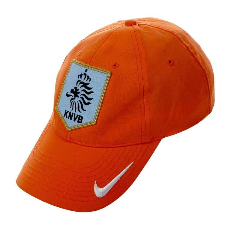 Niederlande Nike Cap 119319-815 orange/weiß für 6,17€ inkl. VSK (statt 10€)