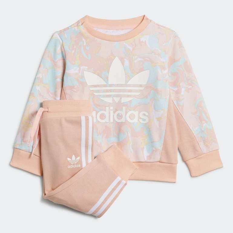 Adidas Originals Allover Print Marble Baby Set für 28€ inkl. Versand (statt 33€)