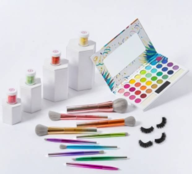BH Cosmetics: Gratis Palette eurer Wahl zu jeder Bestellung ab 25€ + VSKfrei