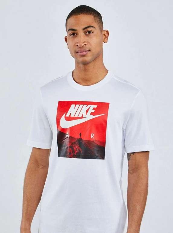 Nike Air Photo T-Shirt in weiß-rot für 19,99€ inkl. Versand (statt 27€)