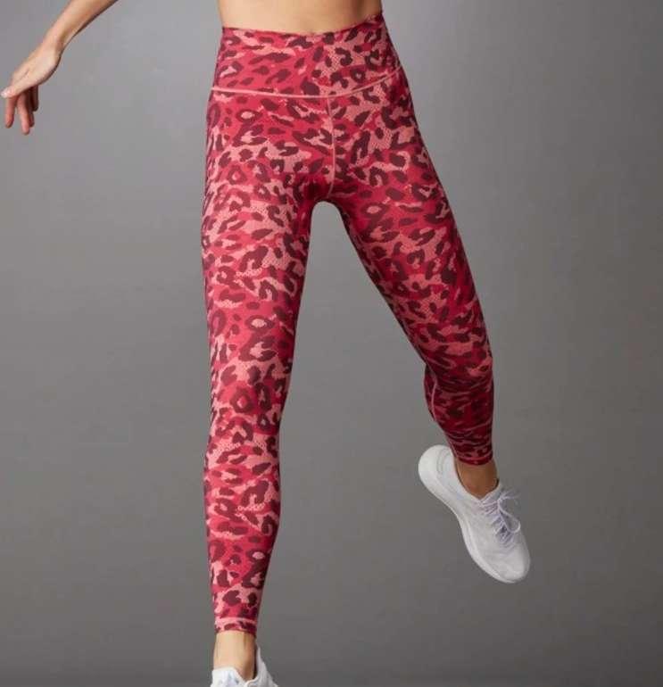 Adidas Leopard Sale mit 30% Rabatt - z.B. Adidas Believe This Graphic Lange Tight für 34,30€ (statt 50€)