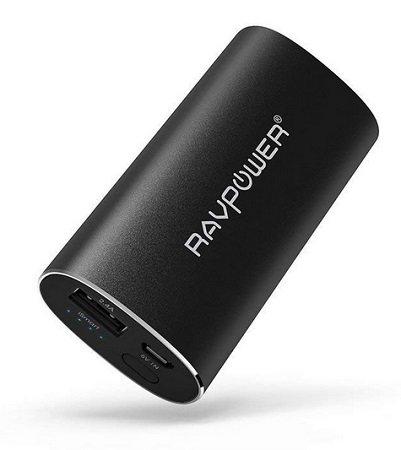 RAVPower - Powerbank mit 6.700mAh & iSmart-Technologie für 12,99€ mit Prime