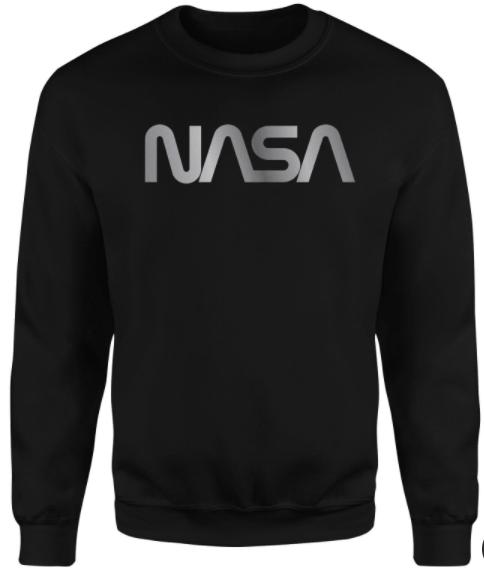 Zavvi: Verschiedene Pullover und T-Shirts mit 30% Rabatt + Gratis Beanie - z.B Nasa Logo Unisex Pullover + Batman Mütze für 21,43€ inklusive Versand (statt 45€)