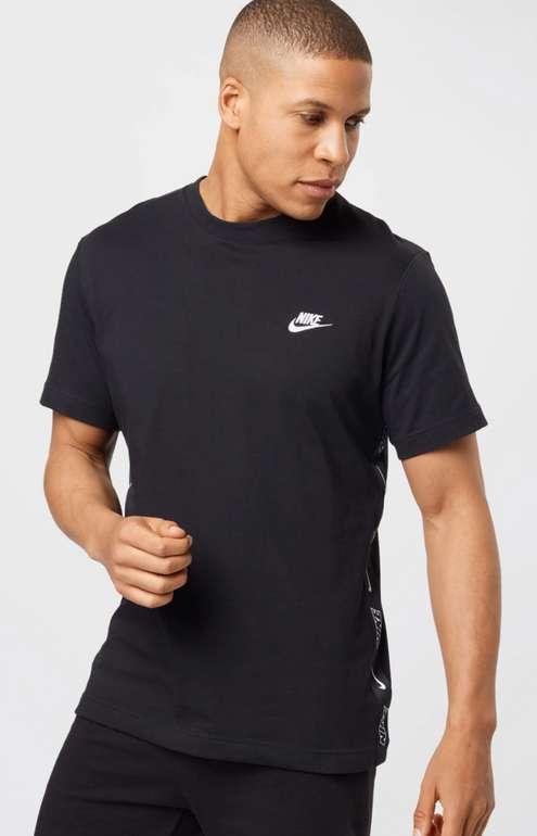 Nike Sportswear T-Shirt in schwarz für 17,94€inkl. Versand (statt 30€)