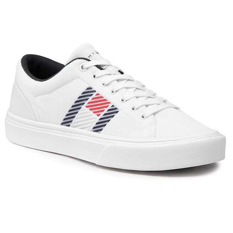 Tommy Hilfiger Lightweight Stripes Knit Herren Sneaker in Weiß für 46,80€ inkl. Versand (statt 65€)