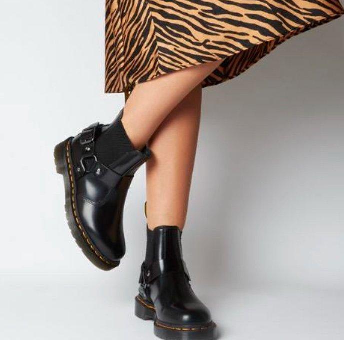Dr. Martens Schuh Sale mit 20% Rabatt bei Office London - z.B. Wincox Chelsea Boots für 159,20€ (statt 199€)