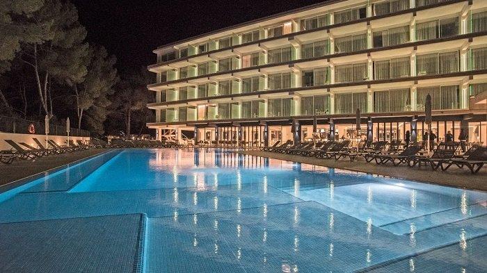 Ibiza im Oktober 1 Woche im 4 Resort & Spa inkl. Frühstück, Transfer + Flügen