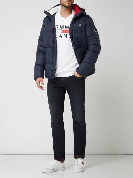 Tommy Jeans Slim Fit Jeans mit Stretch-Anteil in Blau für 76,49€ inkl. Versand (statt 90€)