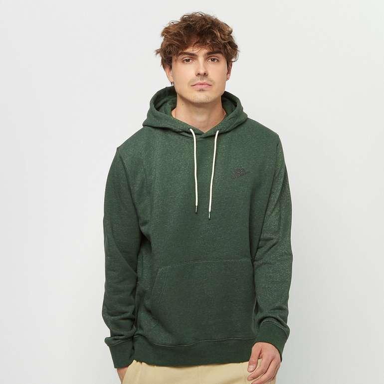 Nike Sportswear Herren Hoodie in drei Farben für je 27,99€ inkl. Versand (statt 36€)