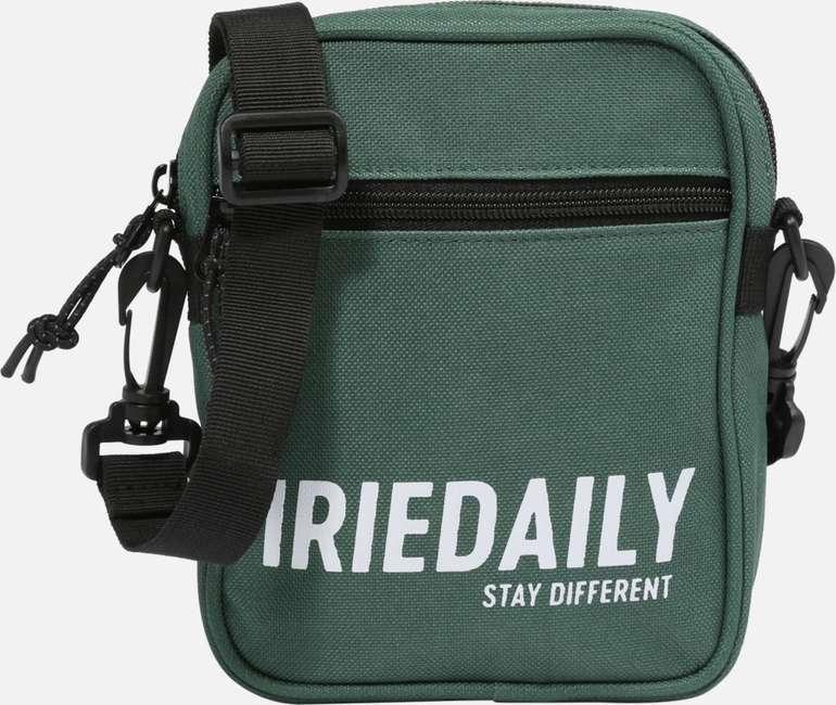 Iriedaily Umhängetasche 'Team' in grün für 10,12€ inkl. Versand (statt 25€)