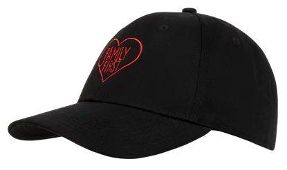 Family First Milano Cap mit Logo - Schwarz für 19,99€ inkl. Versand (statt 30€)