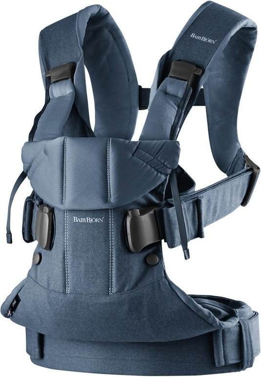 Babybjörn Baby Carrier One in Midnight blue für 70,60€ inkl. VSK (statt 117€)