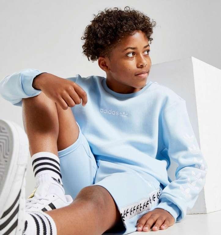 adidas Originals Trefoil Repeat Crew Kinder Sweatshirt in Blau für 20€inkl. Versand (statt 30€)