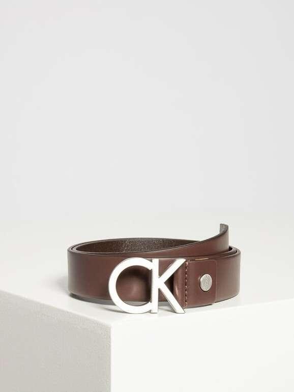 Calvin Klein Ledergürtel CK Adjustable Buckle in dunkelbraun für 21€ (MBW: 39,90€) inkl. Versand (statt 38€)