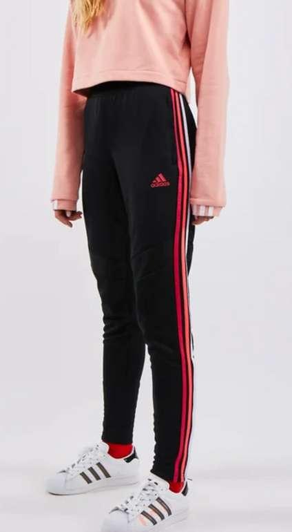 adidas Tiro Damen Hose in Schwarz/Pink für 29,99€inkl. Versand (statt 42€)