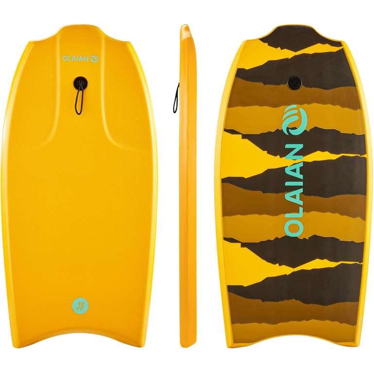 Olaian Bodyboard 100 für Körpergröße 1,45–1,65m mit Gleitsohle + Leash für 9,99€ bei Abholung
