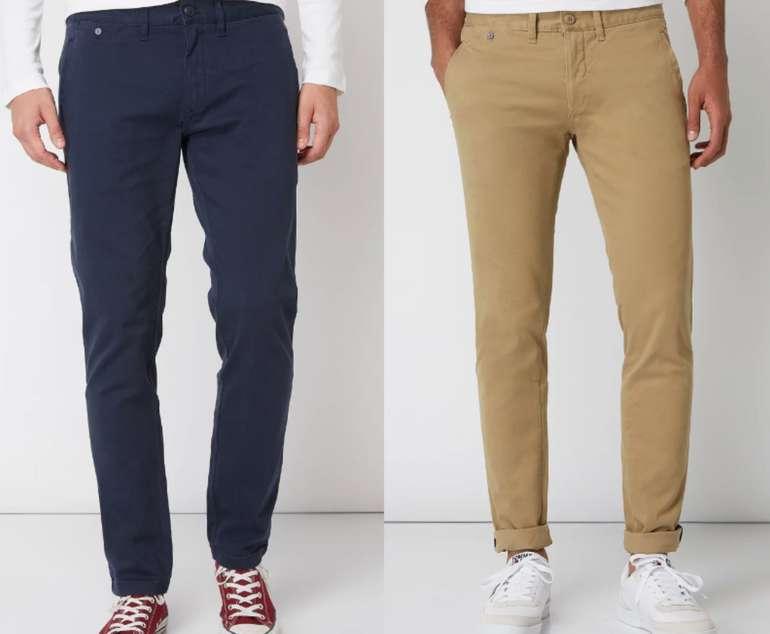 Tommy Jeans Slim Fit Chino mit Stretch-Anteil in 2 Farben zu je 29,99€inkl. Versand (statt 50€)