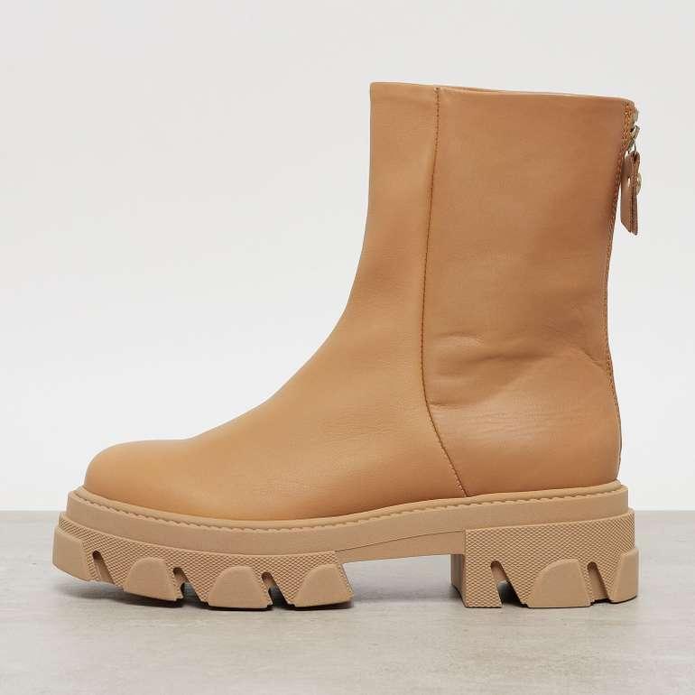 Onygo: 20% Rabatt auf Steve Madden Schuhe - z.B. Steve Madden Maryan Boots für 127,99€ inkl. Versand (statt 160€)